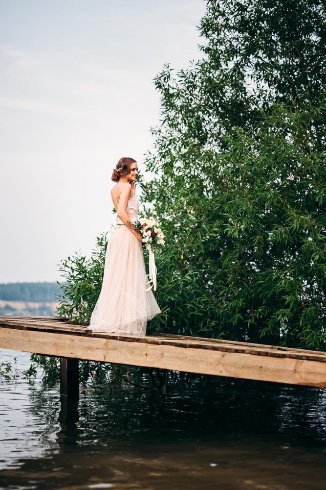 Свадебная фотосессия в песчаных карьерах в Жуковском (фото)