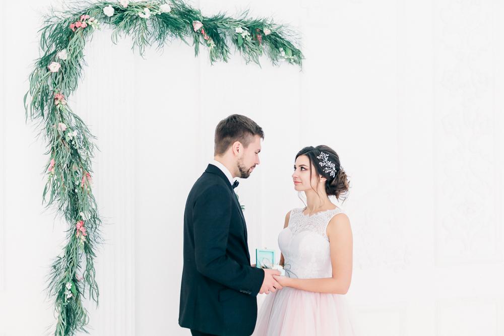 Свадебная фотосессия в студии Famous Studios (фото)