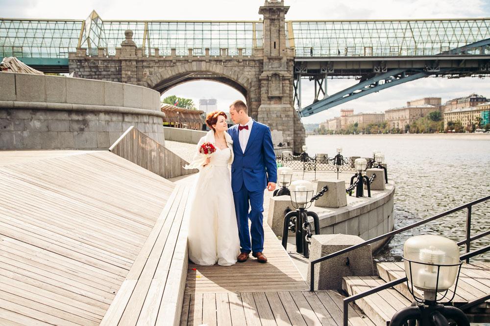 Киевский пешеходный мост