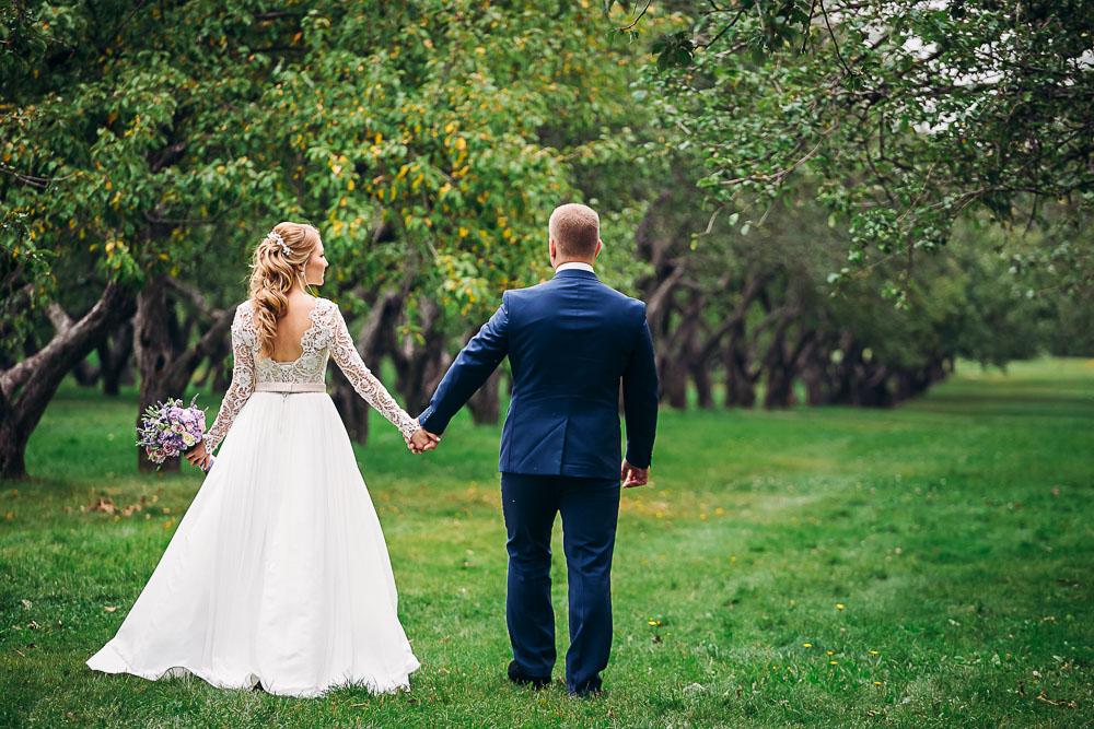 Свадебные хлопоты: поиск фотографа