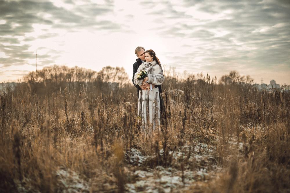 Свадебная фотосессия зимой: Природа или интерьер?