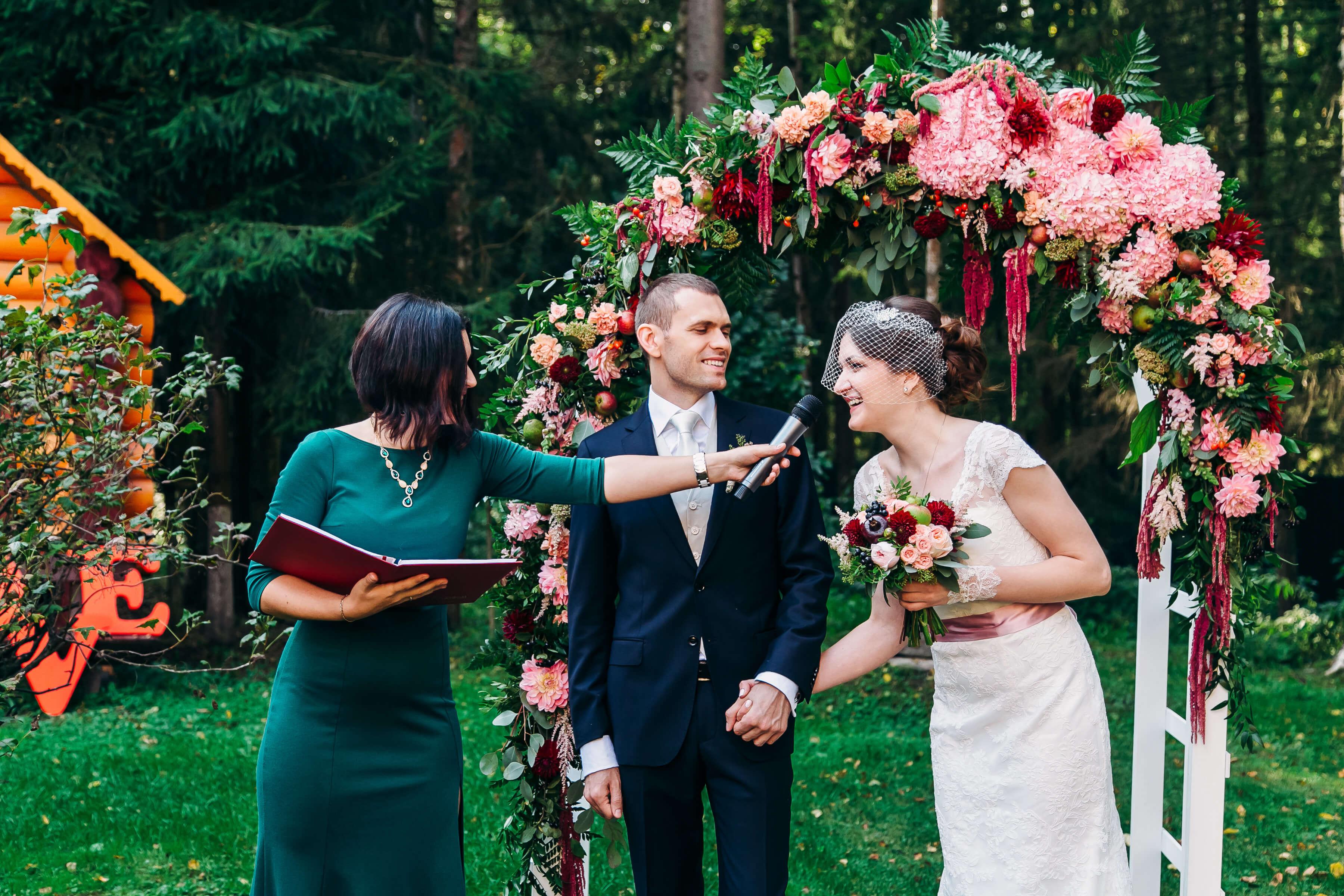 Сколько часов нужно на съемку вашей свадьбы?